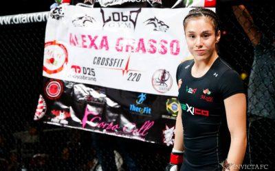 Alexa Grasso (Esther Lin/Invicta FC)