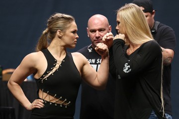 Ronda Rousey (L) and Holly Holm (Dave Mandel/Sherdog)