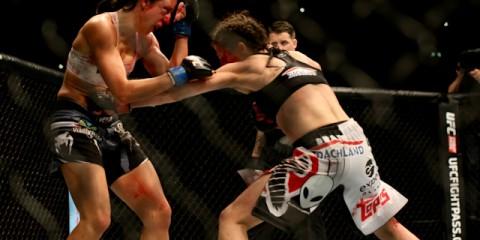 Joanna Jędrzejczyk (R) battles Jessica Penne (Michael Biel/Sherdog)
