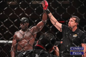 Cheick Kongo (L) (Jeff Vulgamore/Combat Press)