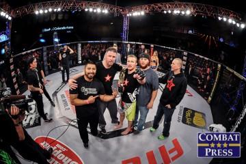 Justin Gaethje (center) (Phil Lambert/Combat Press)