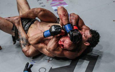 Luis Santos (rear) battles Igor Svirid (ONE Championship)