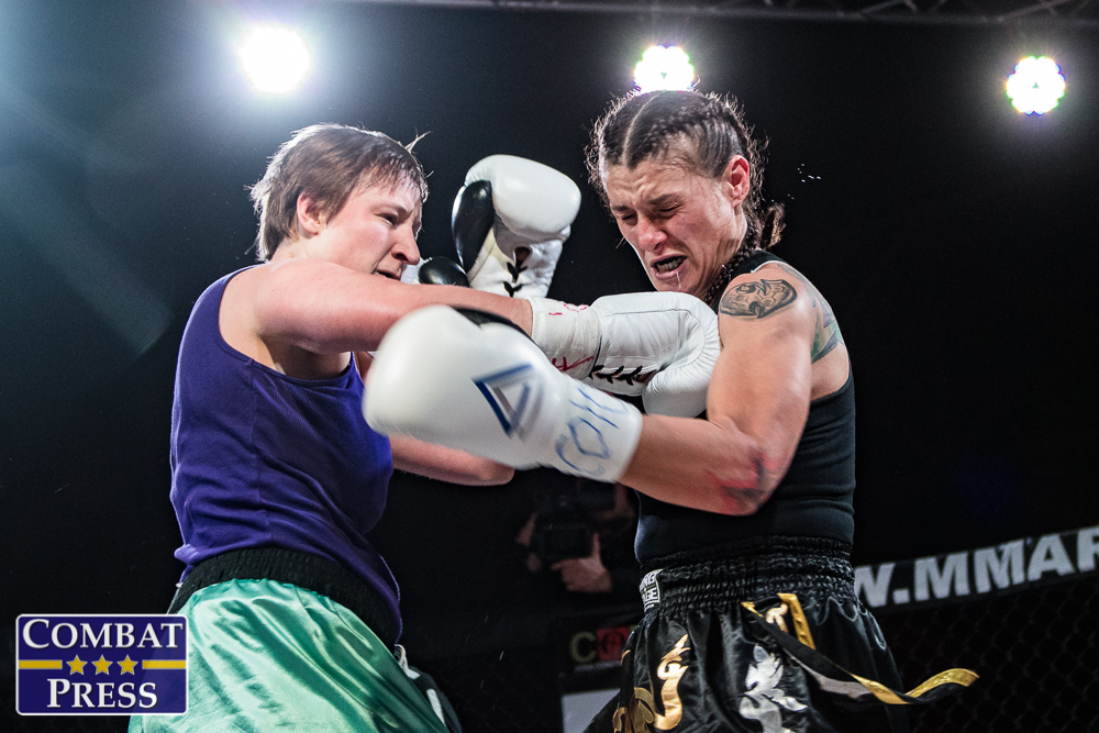 Becca Madden vs Gina Murillo5 – Combat Press